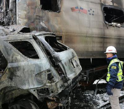 <tt>Metro North accident at Valhalla NY by National Transportation Safety Board via Commons</tt>