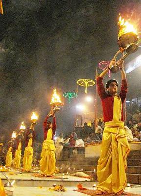 <tt>Aarti raised up during evening Ganga aarti Varanasi via Wikimedia Commons</tt>