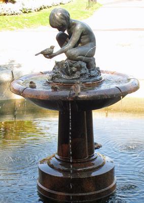 <tt>Boy and Bird Fountain by Sculptor Bashka Paeff via Wikimedia Commons</tt>